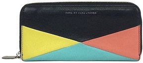 Marc by Marc Jacobs Color Blocked Zip Wallet - BLACK - STYLE