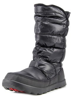 The North Face Amore Ii Round Toe Synthetic Snow Boot.