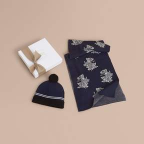 Burberry Beasts Motif Two-piece Cashmere Gift Set