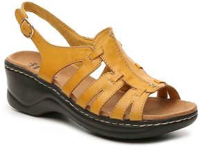 Clarks Women's Lexi Marigold Wedge Sandal