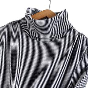 Petit Bateau WOMENS LONG SLEEVE FINE SWEATER IN ICONIC STRIPED COTTON