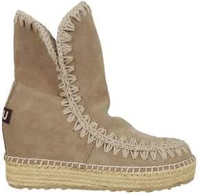 Mou Zig Zag Stitched Boots