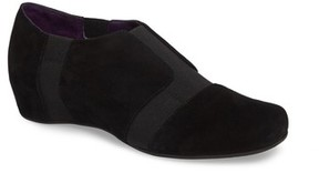 VANELi Women's Mackie Hidden Wedge Slip-On