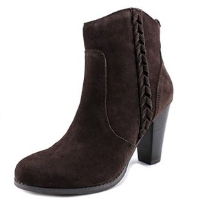 Very Volatile Wright Women Round Toe Suede Ankle Boot.