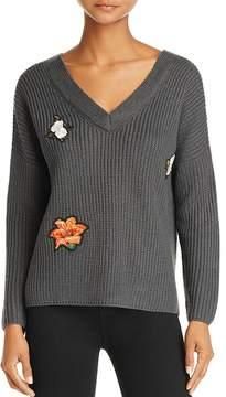 En Creme V-Neck Patch Sweater
