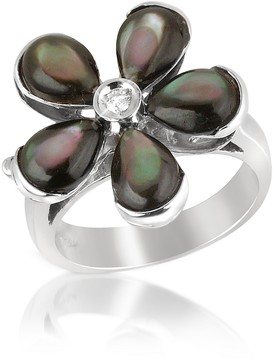 Del Gatto Diamond and Black Mother-of-Pearl Flower 18K Gold Ring
