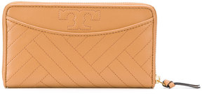 Tory Burch quilted and monogrammed purse - BROWN - STYLE