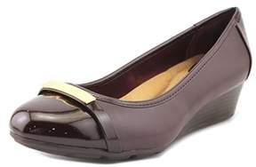 Giani Bernini Ambir Women Open Toe Synthetic Burgundy Wedge Heel.