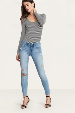 Dynamite Kate Light Wash Distressed Skinny Jeans
