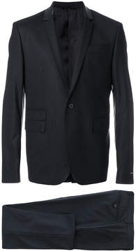 Les Hommes single-breasted perforated collar suit