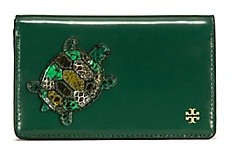 Tory Burch Turtle Burch Medium Slim Wallet - MALACHITE - STYLE
