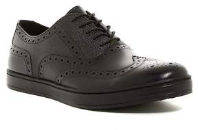 Kenneth Cole New York Design 11257 Wingtip Sneaker