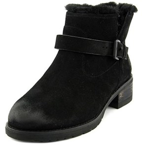 Elie Tahari Vala Women Round Toe Leather Winter Boot.