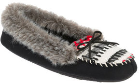Dearfoams Women's Moccasin with Novelty Tab and Memory Foam