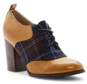 Restricted Pacific Lace-Up Oxford Pump