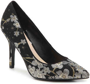 Nine West Women's Shimmer Pump