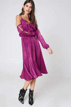 NA-KD Na Kd V-Neck Cold Shoulder Midi Dress