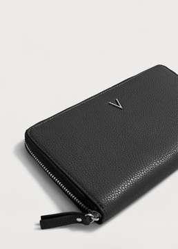 Violeta BY MANGO Zip pebbled wallet