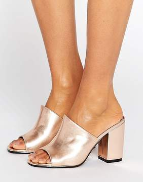 Park Lane Metallic Mule Sandal