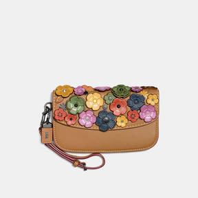 COACH Coach Clutch With Small Tea Rose - BLACK COPPER/RAINBOW - STYLE