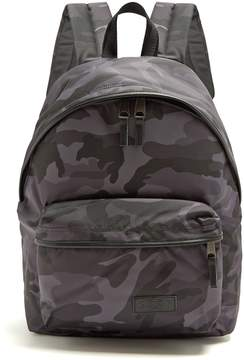Eastpak Padded Pak'r® camouflage-print backpack
