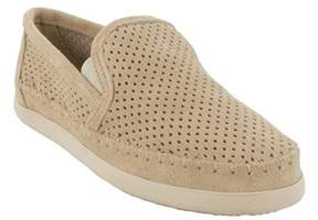 Minnetonka Womens Pacific Suede Round Toe Loafers.
