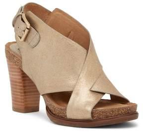 Sofft Cambria Crisscross Sandal