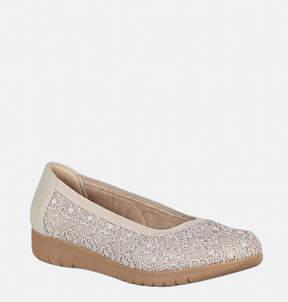 Avenue Beth Lace Comfort Shoe