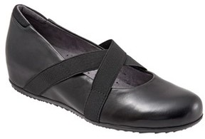 SoftWalk Women's Waverly Mary Jane Wedge