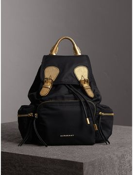 Burberry The Medium Rucksack in Two-tone Nylon and Leather - BLACK/GOLD - STYLE