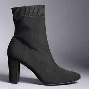 Vera Wang Simply Vera Vancouver Women's Ankle Boots