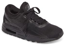 Nike Boy's Zero Essential Gs Sneaker
