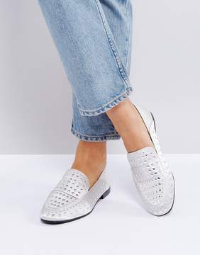 Qupid Flat Stud Shoe