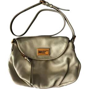 Classic Q leather crossbody bag