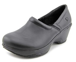 Nurse Mates Bryar W Round Toe Leather Nursing & Medical Shoe.