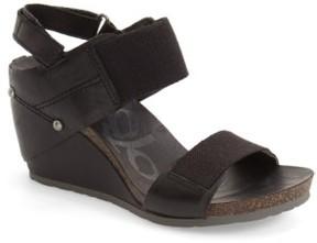 OTBT Women's 'Trailblazer' Wedge Sandal