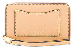 Marc Jacobs Recruit Zip Phone Wristlet - GOLDEN BEIGE - STYLE