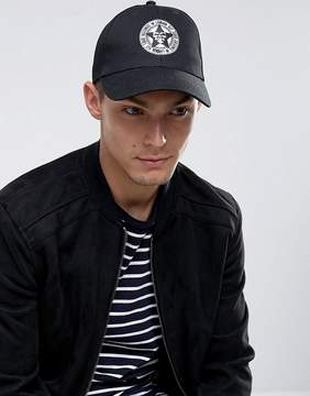 New Look Cap With Motif In Black