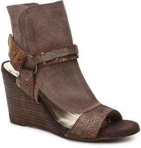 Diba Women's Indie Wedge Sandal