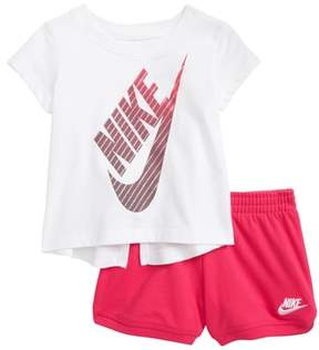 Nike Gradient Futura Tee & Shorts Set