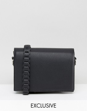 Street Level Minimal Cross Body with Whipstitch Strap in Black