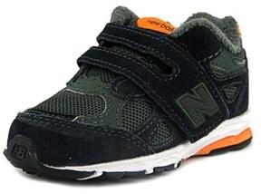 New Balance Kj990 Round Toe Suede Running Shoe.