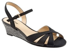 Trotters Women's 'Mickey' Wedge Sandal