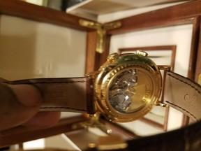 Breguet Classique Le Réveil du Tsar 5707BA/12/9V6 18K Yellow Gold 39mm Watch