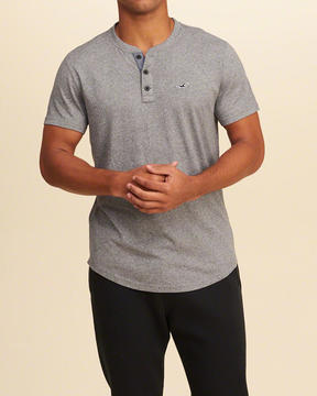 Hollister Must-Have Henley