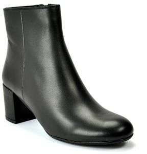 Footnotes Zander Leather Bootie