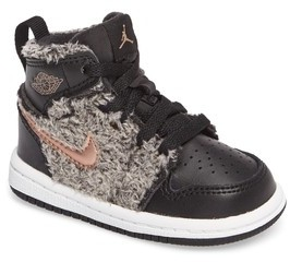 Nike Toddler Boy's Jordan 1 Retro High Top Basketball Shoe