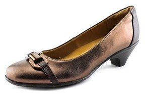 Softspots Sahara Women Round Toe Leather Bronze Heels.