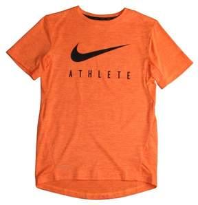 Nike Big Boys' (8-20) GFX Swoosh Training Top