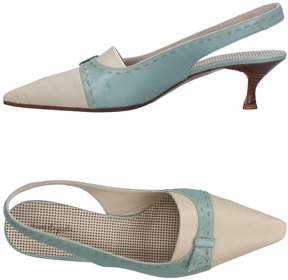 Henry Beguelin Pumps
